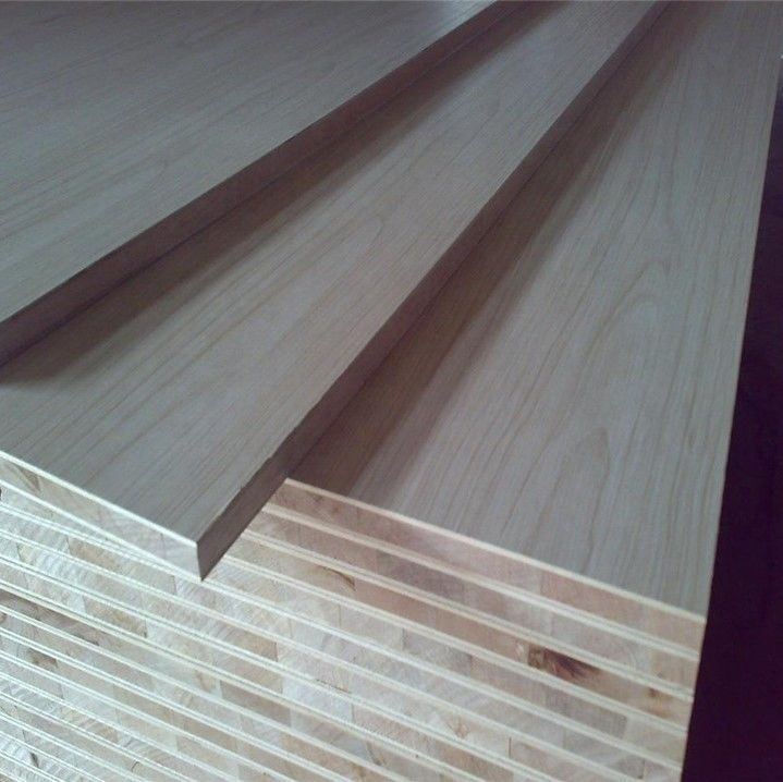Environment Friendly Laminated Block Board With Poplar Eucalyptus Pine Combine